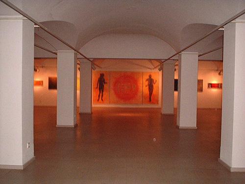 Vista exposición Humana Lux. Sala Ibercaja Valencia.