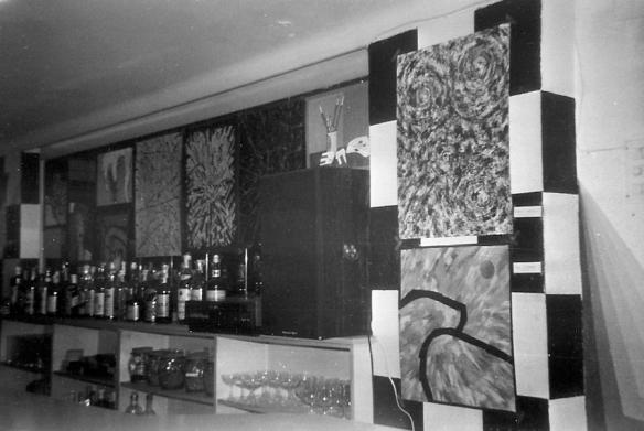 Vista de la exposición en el  Pub Terminus, Zaragoza.